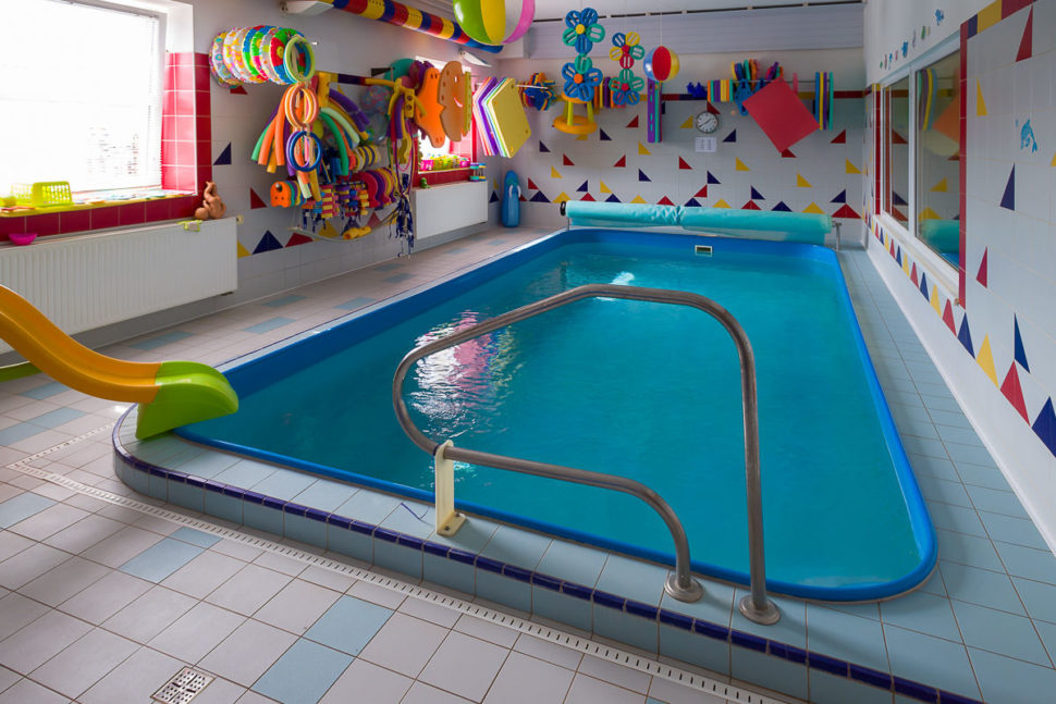 Bazén svodou 31 st C Aquaclubu Žabičky
